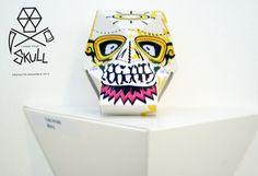 Proyecto-Ensamble-I-Need-your-Skull-Chakz Expo I Need your Skull en Galería Plop I Need your Skull Show in Plop Gallery paper skull paper toys art toys