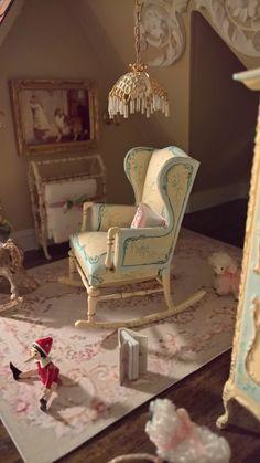 1:12 Bespaq Belmont Nursery - Worn Elegance Rug -