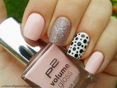 Polska dots nails. Nail art. Nail design. Polish.