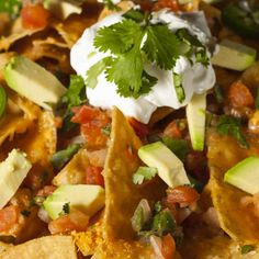 Quick Nachos recipe: Try this Quick Nachos recipe, or contribute your own. Ways To Eat Healthy, Healthy Dishes, Nachos, Mexican Food Recipes, Dinner Recipes, Nacho Recipes, Mexican Dishes, Tasty Bites, Game Day Food