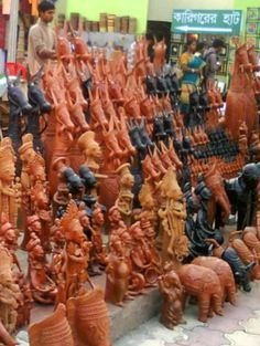 Terracotta- artists gallery or market ..somewhere in the state of west Bengal