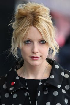 Glamorous woman in the know Lauren Laverne can outwit most things, but how will she fare against our devastatingly smart GLAMOUR Inquistor Lauren Laverne, Female Of The Species, Total Girl, Classic Beauty, Girl Crushes, Redheads, Beautiful Women, Glamour, Celebrities