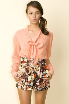 Motel Helter Blouse In Shell Pink - Motel Rocks - StyleSays
