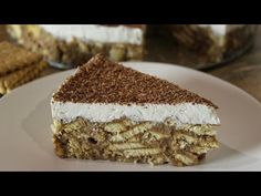 I haven't words to describe this cake!So easy and so delicious! Biscuit Pudding, Biscuit Cake, Pudding Cake, Greek Desserts, Easy Desserts, Delicious Desserts, Sweet Recipes, Cake Recipes, Dessert Recipes
