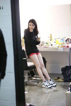 """iumushimushi: """" 141224 IU Sbenu Fansign Event BTS on 141219 cr: 스베누촬영 """" Iu Fashion, Korean Fashion, Girl Day, My Girl, Gangnam Style, Fancy, Beautiful Asian Girls, Kpop Girls, Asian Woman"""
