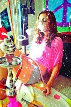 /sopo/ - Ihmissuhteet (girl,photo,color,photography,girls,woman,smoke,shisha,hookah,smoking,rings of smoke,hippie)