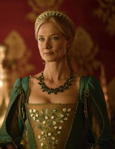Catherine Parr - Joely Richardson in The Tudors, set between 1519 and 1547 (TV series 2007-2010).