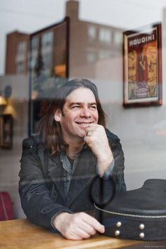 Alan Doyle (of Great Big Sea) - May 2014 - Charles W. Stockey Centre for the Performing Arts, Parry Sound, Ontario Kinds Of Music, Music Love, Great Big Sea, Rookie Blue, Murdoch Mysteries, Celtic Music, Cool Lyrics, Tina Fey, Amazing Race