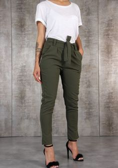 clothes for women,casual outfits,base layer clothing,casual outfits Summer Work Outfits, Casual Work Outfits, Office Outfits, Work Attire, Work Casual, Classy Outfits, Trendy Outfits, Fashion Outfits, Office Attire