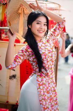 Untitled | Áo Dài Lung Thị Linh | Flickr