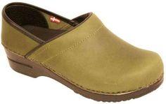 Amazon.com: Sanita Women's Professional Juhl Clog: Shoes