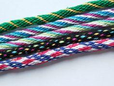 Braiding wheel (kumihimo) friendship bracelet patterns #handmade #jewelry
