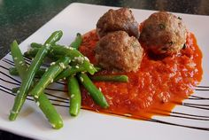 Meat balls with horseradish and green beans...