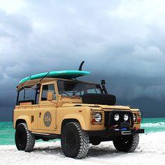 Landrover Defender, Defender 90, Land Rover Defender 110, Land Rovers, Suv 4x4, Jeep 4x4, Best New Cars, Adventure Car, Beach Cars