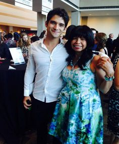 Tyler Posey Honors His Mom With Sweet Gesture on AOLs My Hero | Cambio