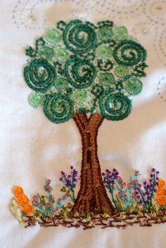 Árvore bordado livre