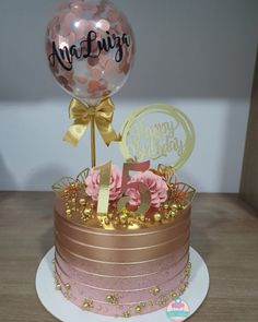 Girly Birthday Cakes, 15th Birthday Cakes, Beautiful Birthday Cakes, Gold Birthday Cake, Birthday Cakes For Women, Sweet 16 Birthday, Beautiful Cakes, Birthday Cake For Women Elegant, 21st Birthday