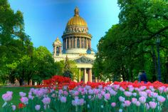 Photo of the Day - Flowerful #St. #Isaacs - #Saint_Petersburg, #Russia - Leading up to #St. #Isaac's #Cathedral are roughly a dozen #flower beds that were at the time filled with tulips. The area in general is quite lush with large tree's and rich green grass. The flowers were a nice touch as they offered a punch of color right in the middle of the city. Photo from #absolutevisit at www.absolutevisit.com - all images Creative Commons Noncommercial