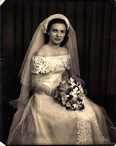 vintagebrides:  1940 bride 40s fashion dress bride