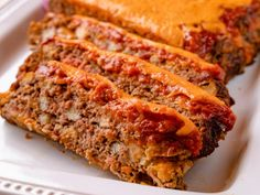 "Cheeseburger Meatloaf (Osage Cowboy's Lunch) - ""The Pioneer Woman"", Ree Drummond on the Food Network. - Cheeseburger Meatloaf (Osage Cowboy's Lunch) – ""The Pioneer Woman"", Ree Drummond on the Foo - Bacon Cheeseburger Meatloaf, Meatloaf Burgers, Meatloaf Recipes, Meat Recipes, Cooking Recipes, Recipies, Cheesy Meatloaf, Mexican Meatloaf, Cheeseburger Cheeseburger"
