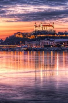 Castle and Danube river, Bratislava, Slovakia. Places Around The World, The Places Youll Go, Places To See, Around The Worlds, Pula Croatia, Budapest, Avignon France, Wonderful Places, Beautiful Places