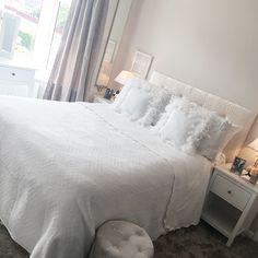 Spare room transformation ✨ . . . #flashbackfriday #interiordesign #homeinspo #homedecor #instahome #interior4homes #interior123… Spare Room, Interior Design, Bed, Furniture, Instagram, Home Decor, Nest Design, Decoration Home, Home Interior Design