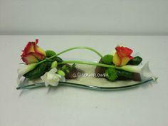 Art floral - Page 5 - Closcrapflower Art Floral, Deco Floral, Floral Design, Modern Floral Arrangements, Table Arrangements, Ikebana Flower Arrangement, Flower Arrangements, Altar Flowers, Japanese Flowers