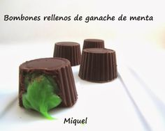 Les receptes del Miquel: Bombones rellenos de ganache de menta Menta Chocolate, Chocolate Treats, Chocolate Box, Chocolate Heaven, Pastry And Bakery, Food Decoration, Candy Making, Trifle, Sweet Recipes