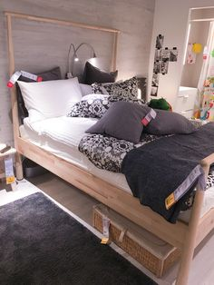 Love it when stylists use bed 39 gjora 39 in the way i was for Schminktisch ikea weiay