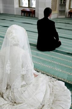 Nikah Explorer - No 1 Muslim matrimonial site for Single Muslim, a matrimonial site trusted by millions of Muslims worldwide. Cute Muslim Couples, Cute Couples, Couples Images, Muslim Couple Photography, Moslem, Islam Marriage, Love In Islam, Hijab Bride, Photo Couple