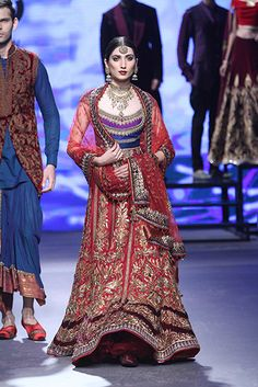 Indian fashion brands taking couture forward with Sabyasachi, Manish Malhotra, Tarun Tahiliani & more. In India couture is resonated with wedding couture. Fashion Week 2015, Bridal Fashion Week, Indian Attire, Indian Wear, Indian Dresses, Indian Outfits, Desi Clothes, Indian Clothes, Choli Dress