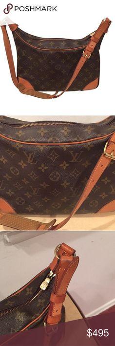 Louis Vuitton Shoulder Bag Louis Vuitton Shoulder Bag- a few exterior scuffs/marks but in great condition! Louis Vuitton Bags Shoulder Bags