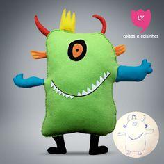 Olha que legal, recebemos mais um desenho de uma criança criando seu próprio monstrinho. LY Coisas e Coisinhas. Você imagina e a gente realiza. #monstrinho #verde #crianca #imaginacao #boneco #lycoisasecoisinhas