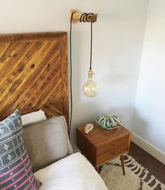 Alexa Reclaimed Wood Bed - All For Lamp İdeas Bedside Pendant Lights, Pendant Lighting Bedroom, Bedroom Lamps, Home Decor Bedroom, Bedroom Wall, Bed Lamps, Plug In Pendant Light, Bedside Lighting, Pendant Lamps