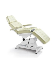 hydraulic facial chair with free blk stool massage table chair esthetician stuffs pinterest massage table and stools