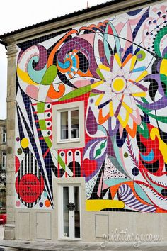 mural by Joana Vasconcelos (Steak 'n' Shake), Porto