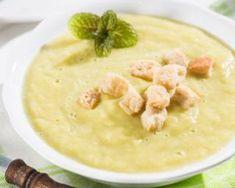Crème de poireaux froide minceur : http://www.fourchette-et-bikini.fr/recettes/recettes-minceur/creme-de-poireaux-froide-minceur.html