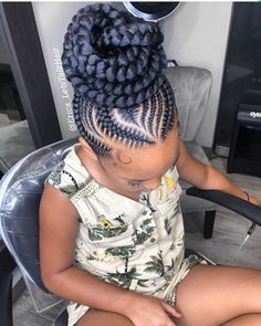 Top african hairstyles on neatly braided erica_letstalkhair bunlife topknot ghanaianhairstyles erica_letstalkhair feedinbraids feederbraids Braided Cornrow Hairstyles, Braided Hairstyles For Black Women, African Braids Hairstyles, Girl Hairstyles, African Hair Braiding, Bandana Hairstyles, Trending Hairstyles, Black Hairstyles, Cornrows