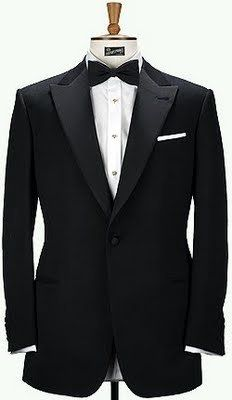 One buttom tux with WIDE peak lapels
