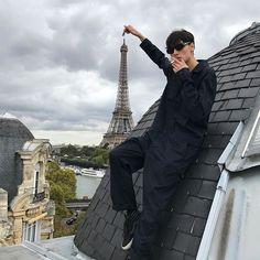 Wow Paris is so amazing I love this city !!! 😝