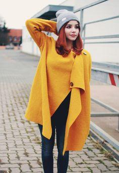 Kurzmäntel - Mantel Wool Shape curry light - ein Designerstück von diba_se_diva bei DaWanda