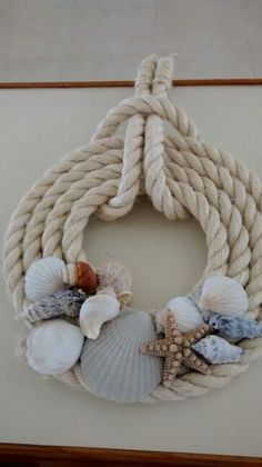 Gallery.ru / Фото #2 - Дары моря - lilifurman Twine Crafts, Beach Crafts, Fun Crafts, Project Board, Done With You, Diy Pins, Craft Projects, Crochet Necklace, Crowns