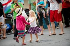 Good vibrations? Check. Here is our ultimate list of #Chicago - #Chicago suburbs summer festivals families will love! #familyactivities