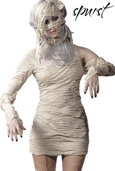 Egyptian Mummy Costume | OK, feminist time - I love that this costume just goes there and blatantly hides her face.