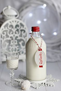 ~ RAFFAELLO LIKŐR ~ Travel Quotes, Vodka Bottle, Jar, Treats, Drinks, Travelling, Christmas, Raffaello, Alcohol