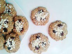 Napečte tento rok zdravšie. Chutné ovsené sušienky s brusnicami a bielou čokoládou. www.fitnessdesserts.blogspot.sk