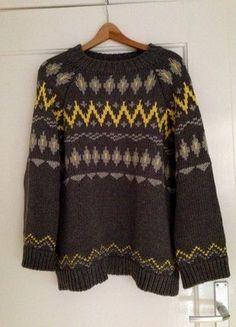 Kaufe meinen Artikel bei #Kleiderkreisel http://www.kleiderkreisel.de/damenmode/strickpullover/140120328-pullover-mit-aztekenmuster-zara