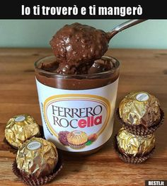If you're over regular Nutella and want to crank things up a notch why not make this amazing Ferrero Rocher chocolate spread? Nutella Spread, Chocolate Spread, Chocolate Cake, Chocolate Heaven, Fererro Rocher, Ferrero Rocher Chocolates, Delicious Desserts, Yummy Food, Snack Recipes