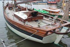 Bristol Channel 38 ft Pilot Cutter Replica 2011