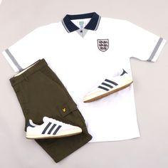 Casuals T shirts, tees, t shirts Football Casual Clothing, Retro Football Shirts, Football Casuals, Casual Clothes, Casual T Shirts, Men Casual, Retro England Shirt, Adidas Shirt, Adidas Sneakers